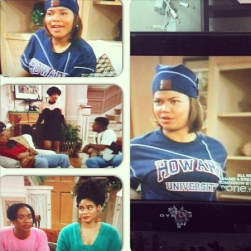 Living single been giving me life all afternoon. Peeping this #HowardU top gave me more!  Yassss 🙌 to my #HBCU #RP @dancer_of_the_moon #itsaHowardthing #thequeen #90skindofworld #imaSeniorNow