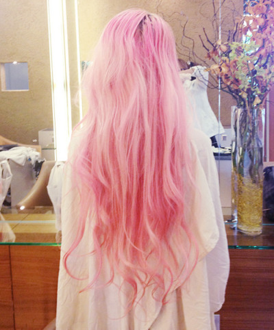 Why can't I have pink hair argh :(