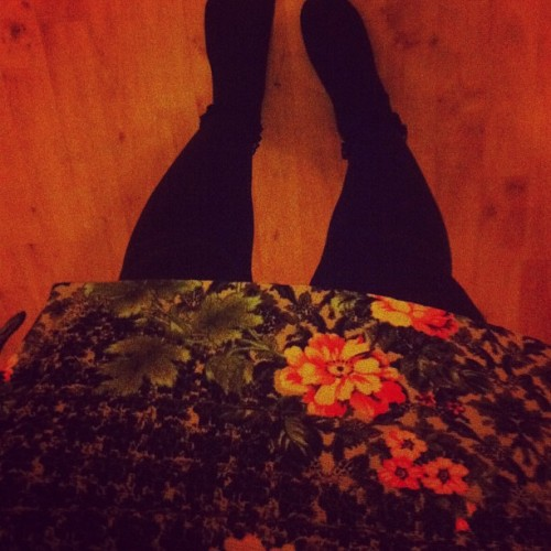 Happy new skirt 😆💚🌼 #topshop #new #skirt #outfit #love