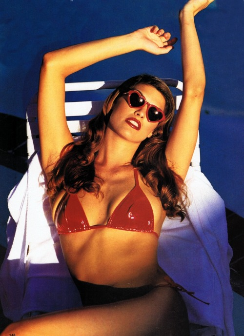 """Estrellas Marinas"", Elle Spain, June 1995Photographer : J. L. ClarkModel : Shana Zadrick"