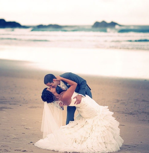 kaaceenkaa93:  Dream Wedding. on We Heart It - http://weheartit.com/entry/55130345/via/Kaaceenkaa93