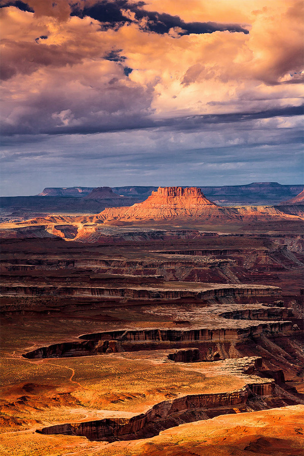 travelthisworld:  White Rim - Canyonlands National Park, Utah, USA | by Gleb Tarro