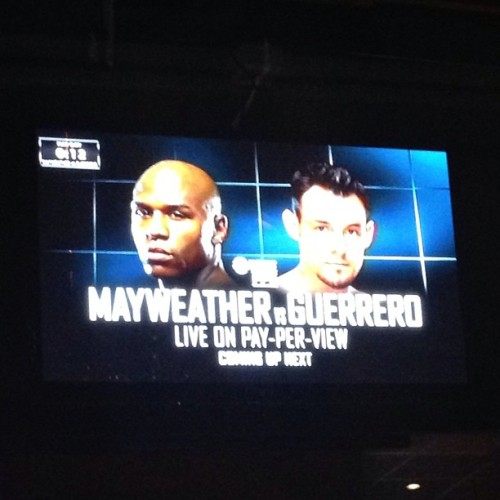 #teammayweather  (at Duffy's Sports Grill)