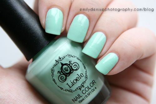 Lioele Nail Color in #38 Mint Green, available at Keautystore. Head over to my blog for all the details!
