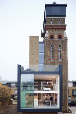archilogue:  Water Tower_London_As seen on Grand Designs