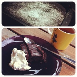 Gluten-free sticky chocolate cake with chocolate-whiskey frosting. Nom! #homemade #baked #goods #sweets #chocolate #cake #frosting #fika #glutenfree