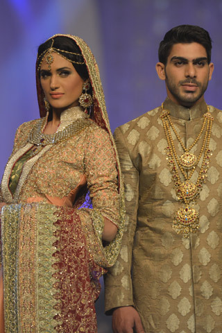 Bridal Couture Week 2013  http://shazasscrapbook.com/2013/04/23/bridal-couture-week-2013/   It's that time again – Pakistan has had a busy few weeks with numerous Fashion Weeks happening…   View Post