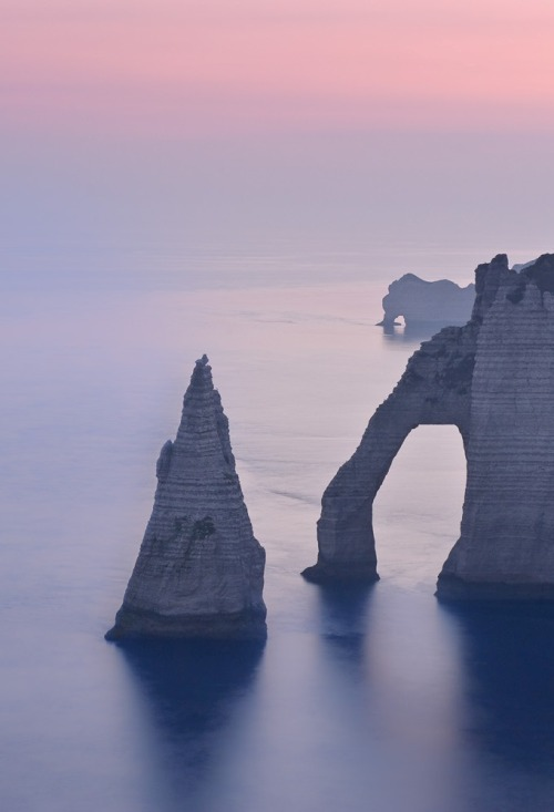 0rient-express:  Etretat, Needle and the Gate of Aval | by Dariusz Wieclawski.