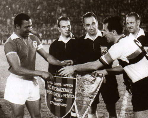 Armando Picchi and Mario Coluna, 1965 European Cup Final, Inter - Benfica 1-0