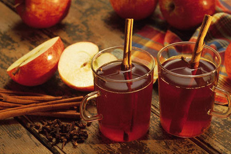 Sugar and Spice: Hot Apple Cider With Or Without Sugar | Love Your Reflection on We Heart It. http://weheartit.com/entry/15236146