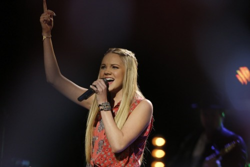 "nbcthevoice:  Vote for Team Blake's Danielle Bradbery! Online: www.nbc.com/the-voice/vote  Phone: 1-855-864-2307 iTunes: ""Heads Carolina, Tails California"" http://bit.ly/163lQIC"