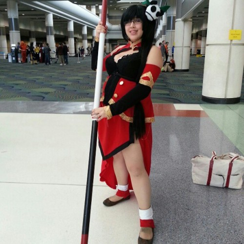 zilai:  tenefix:  cosfluff101:  cosplayinamerica:  #megacon #cosplay  I don't know the series. Help?  It's Blazblue and the cosplayer is zilai! :D  It's me! :D Yay~ :3