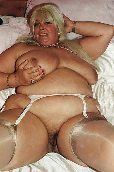 Image full nude granny oma mature porn
