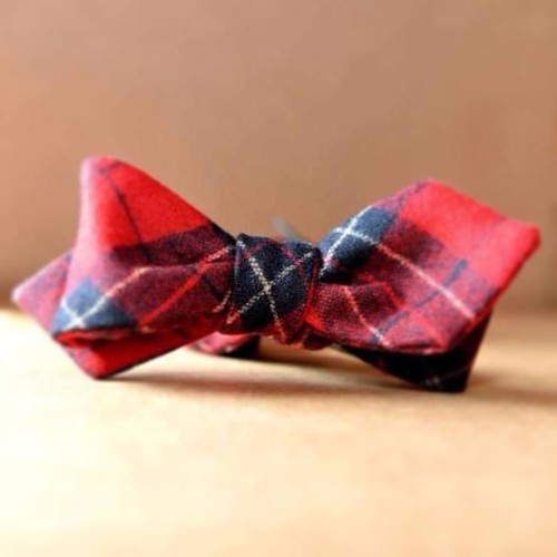 Metro Retro Wool Bow