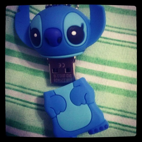 #Stitch #PenDrive #Pirei >.<