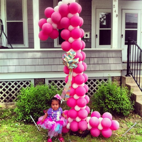 Babycakes 1st birthday party! #firstbirthday#princess#aballooncreation