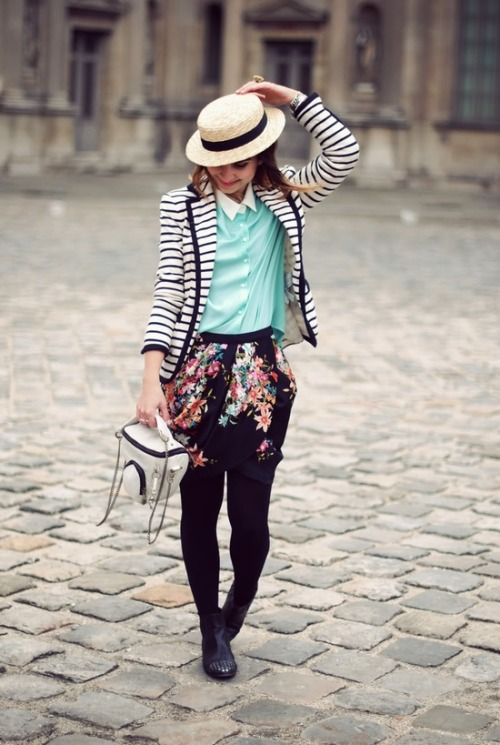 womensaccessories:  Fashion on the streets / Cute Little Parisian Outfit.Fashion Tumblr Blogs to Follow http://www.fashiontumblrblogs.com/  adorable