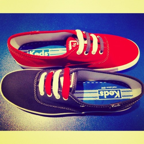 These @KedsPH Champions' come in two different coloured laces! Get them at @ComplexStore