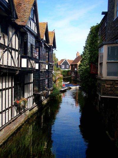 evysinspirations:  (via Canterbury, a photo from Kent, England | TrekEarth) Canterbury, Kent, England, UK