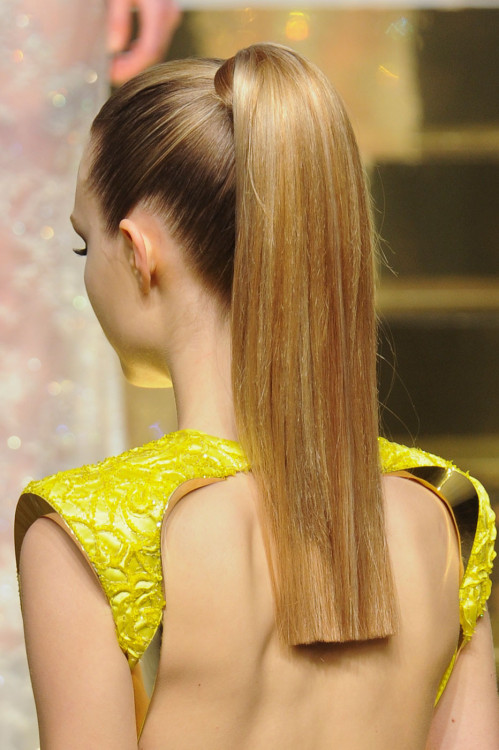 foxxies:  exhali:  girlannachronism:  Versace spring 2012 couture details  queued and this needs more notes btw lol  this is so amazing wow
