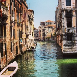 dolocean:  #Venice is #hot, #stunning and #unique :).