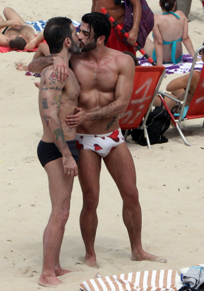 Marc Jacobs+ his boyfriendHarry Louis in in Rio on Sunday.