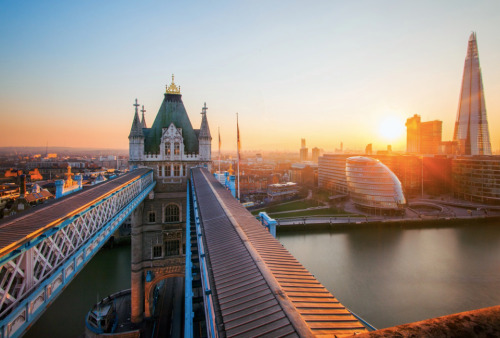 londonholic:  Beautiful shot of Tower Bridge http://LDN.in/1w5VyL