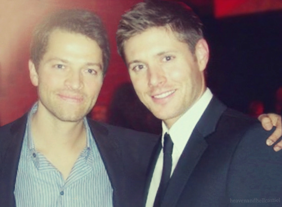 heavenandhellcastiel:  Jensen & Misha at last years wrap party [x]  When I saw the original photo (because it's a manip, look at the source ^^), I wondered how long it would take Tumblr to remove with PS the girl who posed with Jensen and Misha. Answer: not long! xD And it's a very well done manip by the way (≡^∇^≡)
