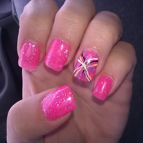 New Nails #pink #glitter #bright #gelmanicure #notd #nails #nailart #brightpink #summery #pretty #pinkglitter #girlygirl