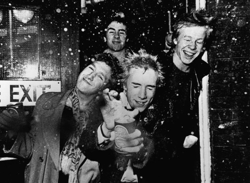robotcosmonaut:  The Sex Pistols, EMI Headquarters, November 1976