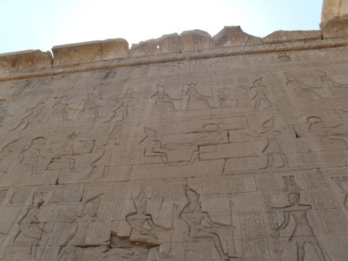 thatlittleegyptologist:  Wall of the Temple of Hathor at Dendera.