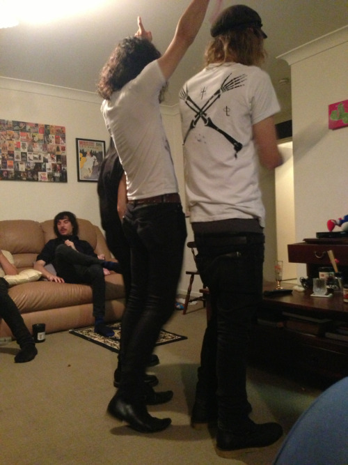 occvlt:  Josh (phocks) and Wes dancing to Elvis!  I actually don't remember this……. damn Chester and his tequila shots