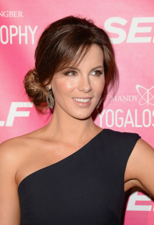 Kate Beckinsale celebrates of Mandy Ingber's new Book 'Yogalosophy in Los Angeles - April 30, 2013