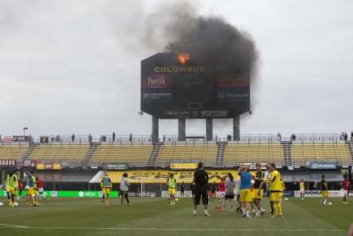cbssports:  The Crew Stadium scoreboard in Columbus is apparently on fire…  NIIIIIIICE…
