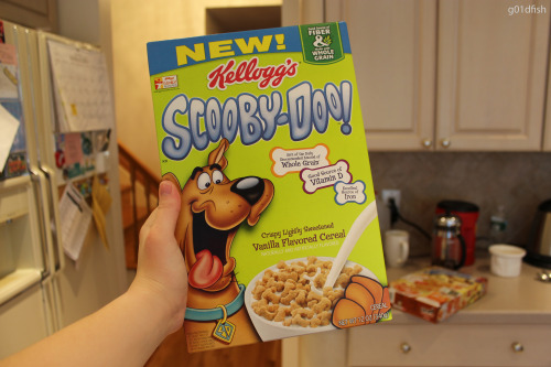 staqed:  g01dfish:  i have scooby doo cereal c: my first picture haha :)  i want to try this omg
