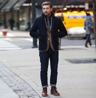 vikingposts:  Very stylish/smart-looking hipster. I need that jacket. Maybe even grow a mustache like that.. Hmm..
