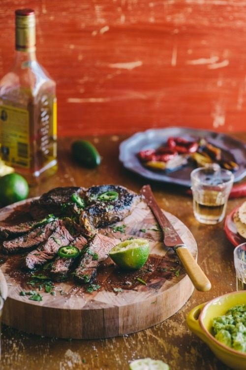 justinlovewithberni:  (Tequila & Lime Marinated Steak)