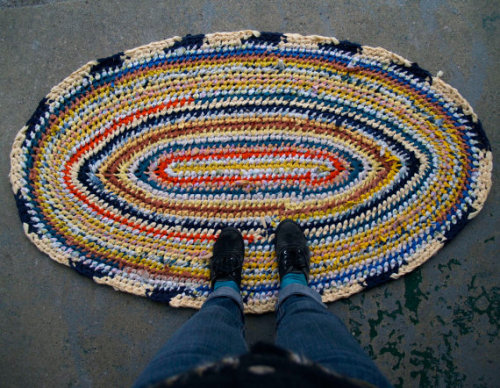 What I did today… Sun Fish Oval Recycled Rag Rug~ in my shop! (sockmonster.etsy.com)