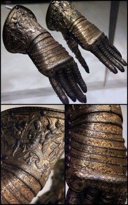the-wicked-knight:  Gauntlet for a decorative parade armour, Italy, Milan, about 1585