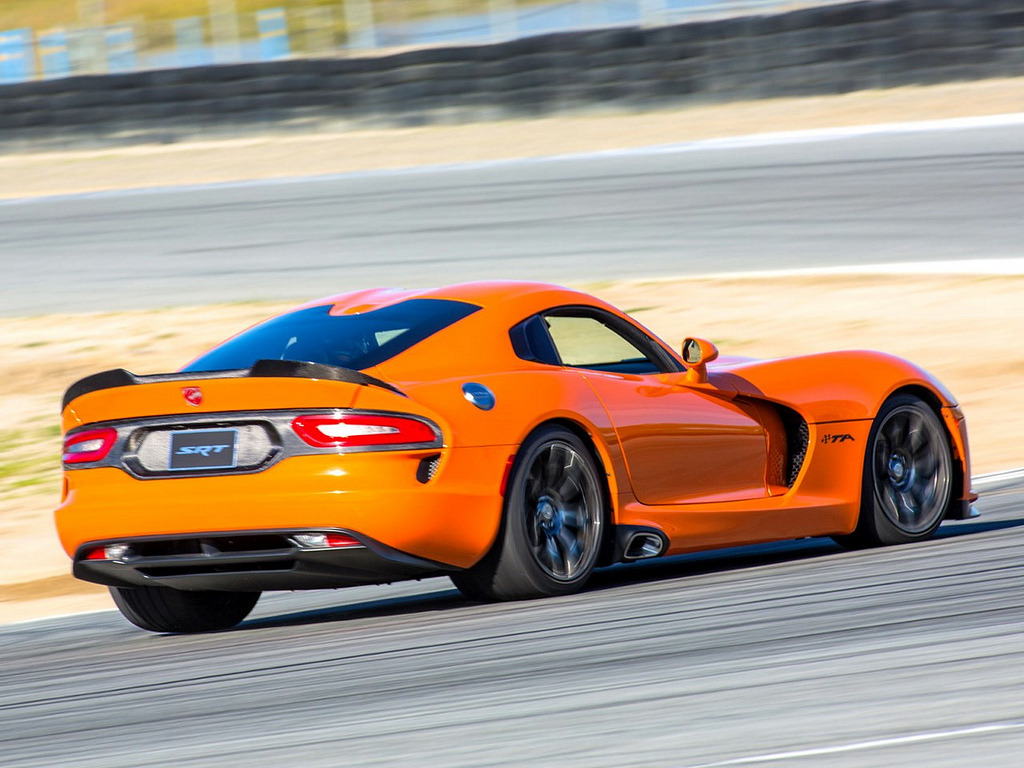 automotivated:  SRT Viper TA (by Revistadelmotor)