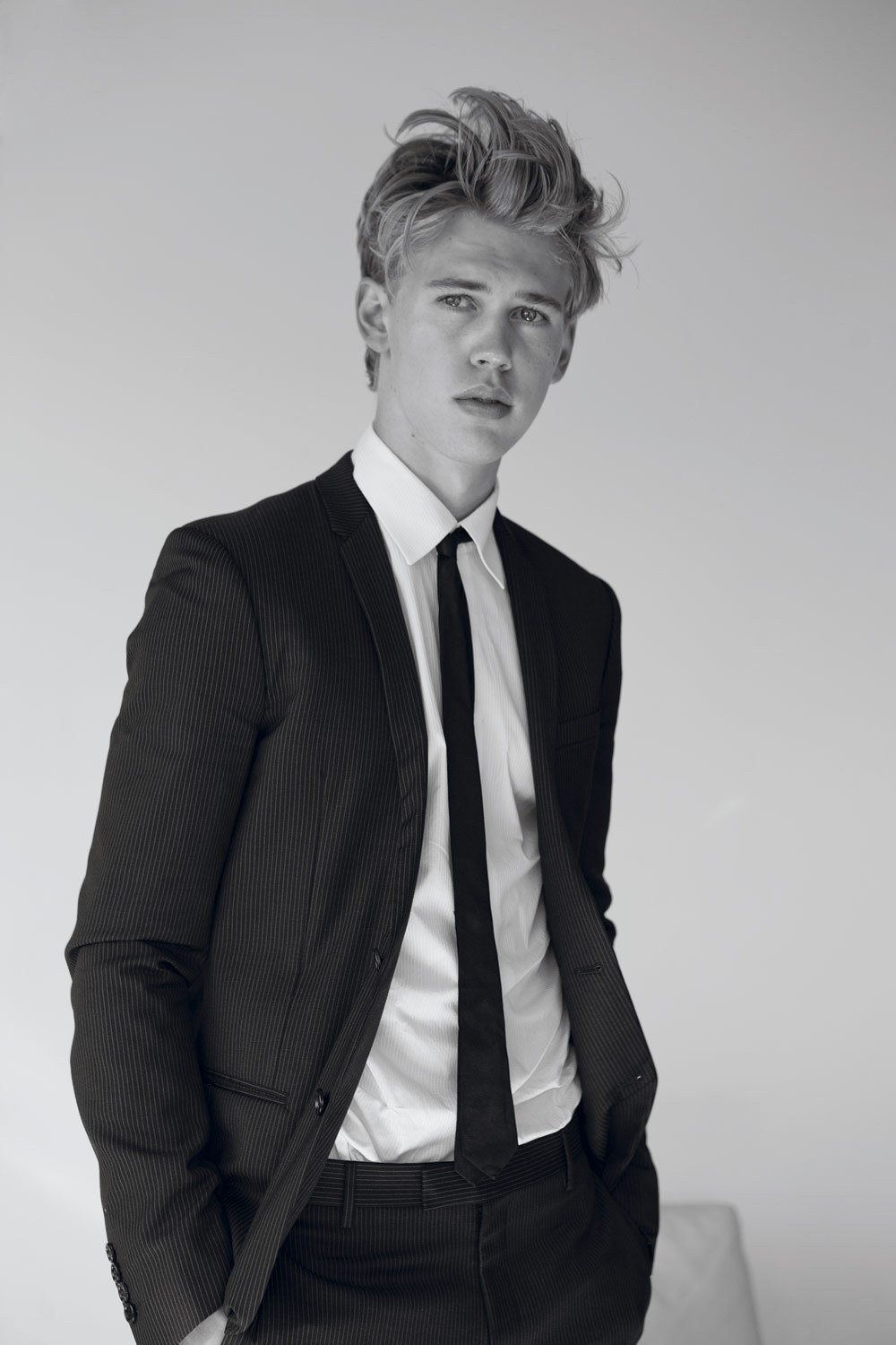 teasur:  austin butler let me show you a few things