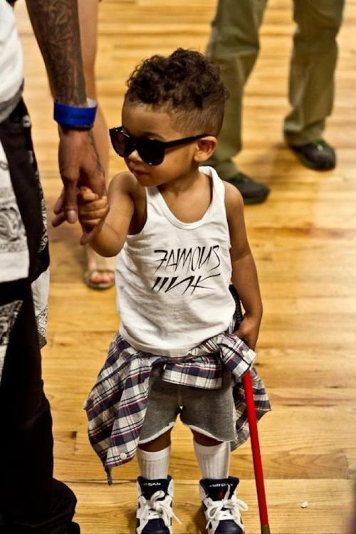 loveandjealousy:  briannieh:  This kid got swaggggg    omg