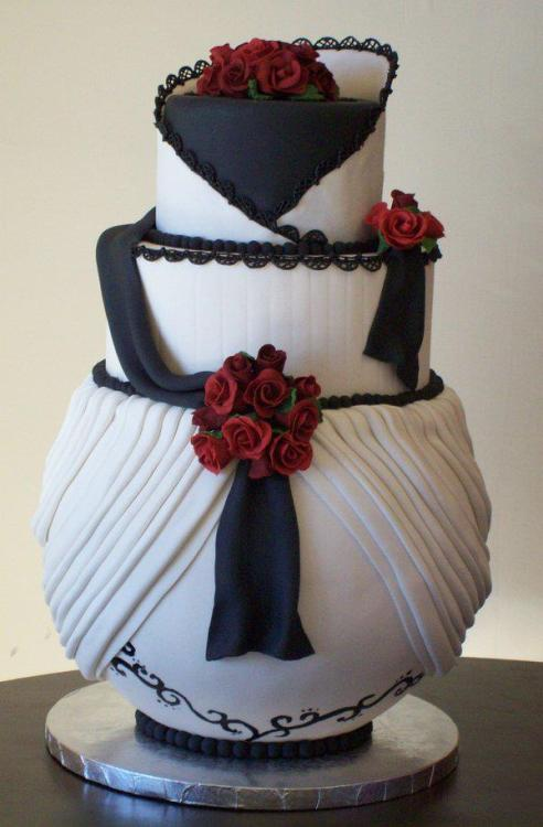 Such a beautiful wedding cake :)