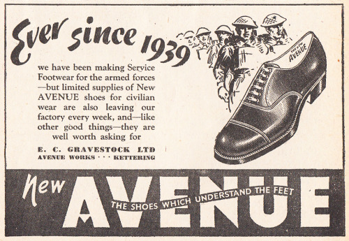 New Avenue Shoes Lilliput, October 1944 adelphe