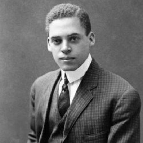 hjaybee:  Feb 2, 1914: Ernest Everett Just received the Springarn Medal for pioneering research on fertilization and cell division. This dude also was a got a PhD in experimental embryology from University of Chicago, was a prisoner of war in France during World War II, and was a founder of the fraternity #OmegaPsiPhi  (According to Wikipedia this happened on 2.12 but articles said otherwise, so I'm going with that). #BlackHistoryMonth #BlackHistory #NeverForget
