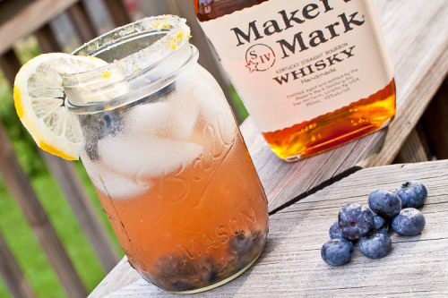gastrogoodies:  Blueberry Bourbon Cocktail