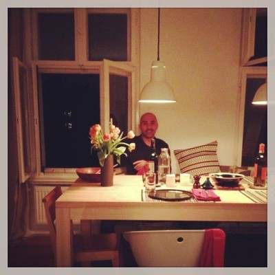 Gervais at home, waiting for some grub. Photo taken by @StevenPalace (at Berlin Kreuzberg)