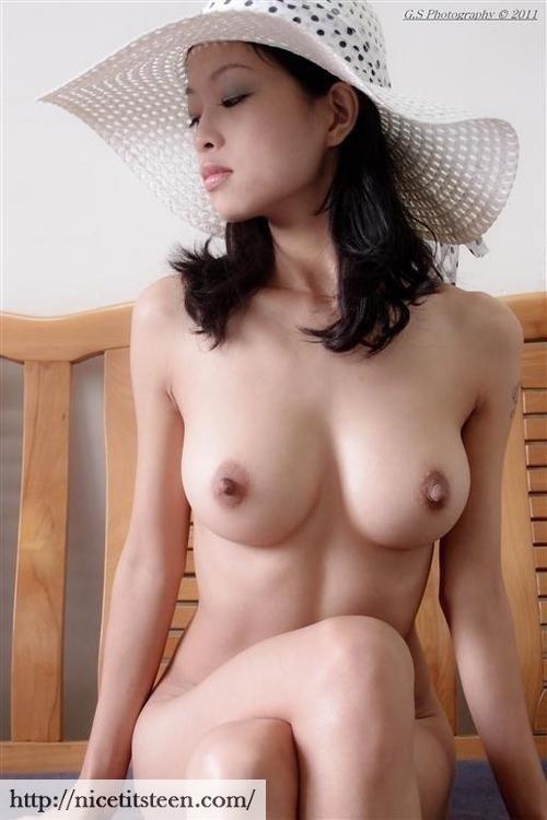 naked nipples n pics of girls n boys