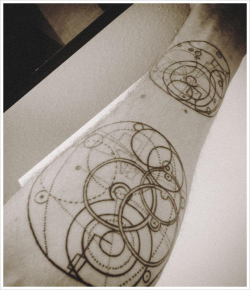 fuckyeahtattoos:  Design based on the H4 marine chronometer by John Harrison. A lifetime's work that finally paid off.