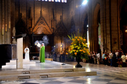 aurevoirwonderland:  Sunday Mass at Notre Dame de Paris Summer 2012